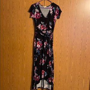 5/$25 Beautiful black dress with flowers